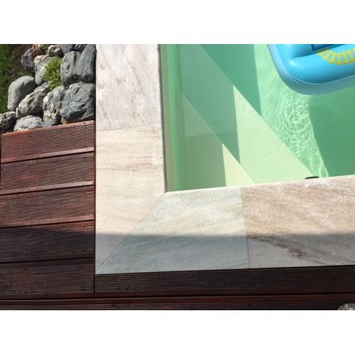 Křemenec - bazénový lem